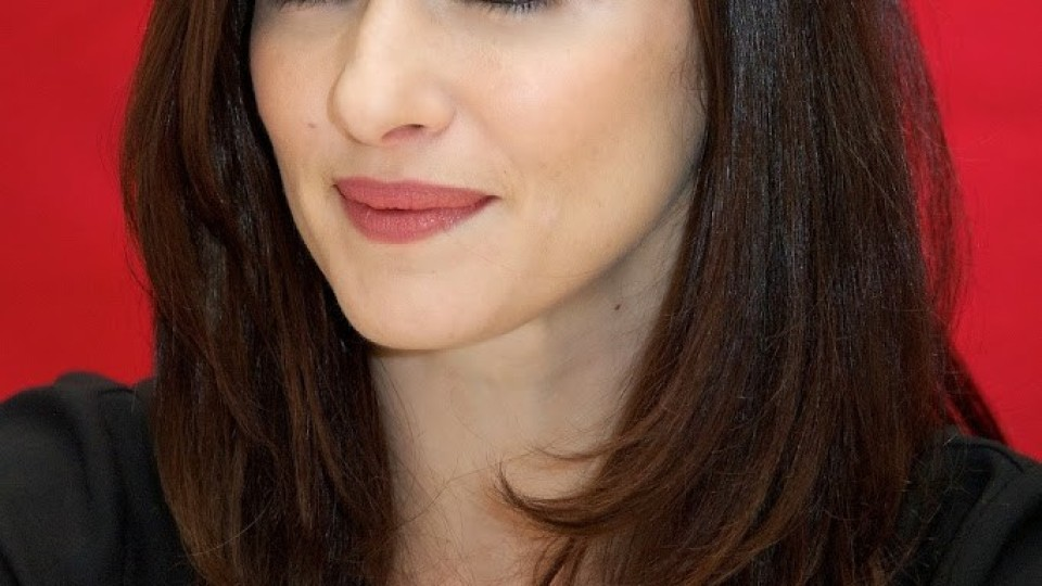 Rachel-Weisz-Theo-Mother